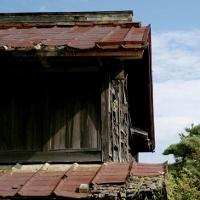 危険な空き家、なぜ多数放置?国・自治体で対策の動き相次ぐ~解体費用補助、税軽減…