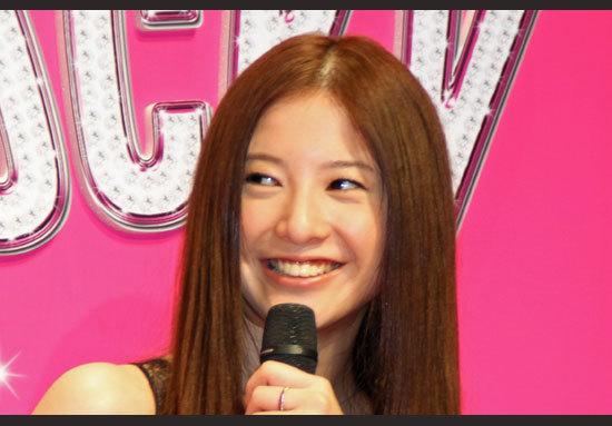 吉高由里子「異常行動」で関ジャニ∞大倉忠義にフラれた? 「下品な酒好き」「妊婦突き飛ばし」など悪印象エピソード多く