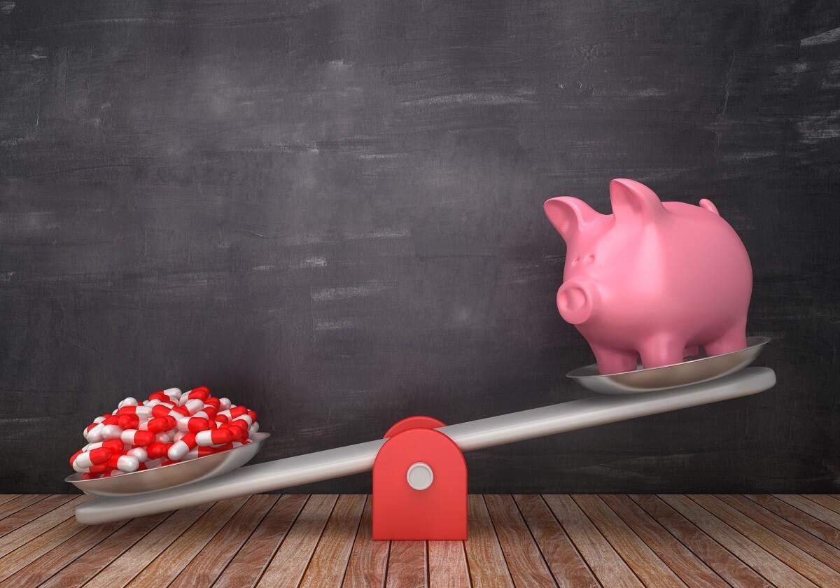 """がん生存率7割に上昇、深刻な""""老後の資金不足""""問題が顕在化…離職等で生涯年収減少の画像1"""